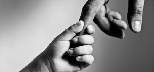 dijete otac ruke