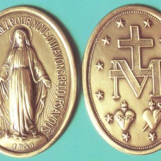 c-medaljica