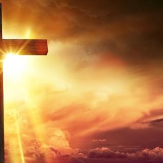 isus na križu svijetlo